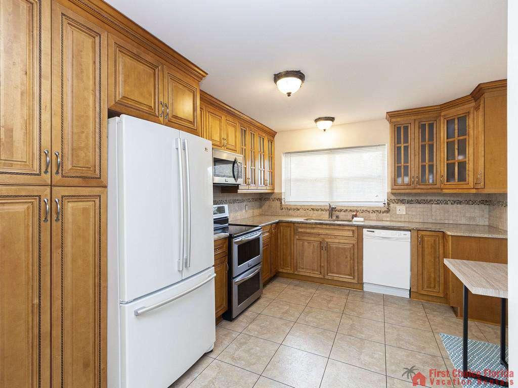 Deja Blue Kitchen with Refrigerator
