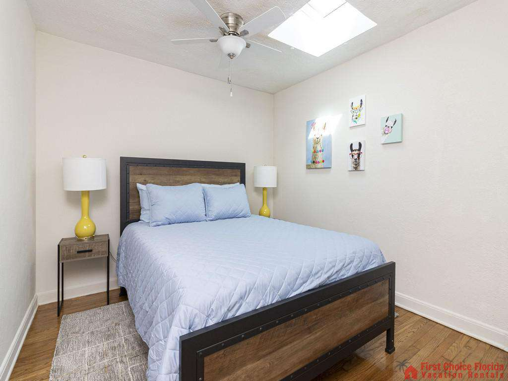 Deja Blue Bed with Nightstands