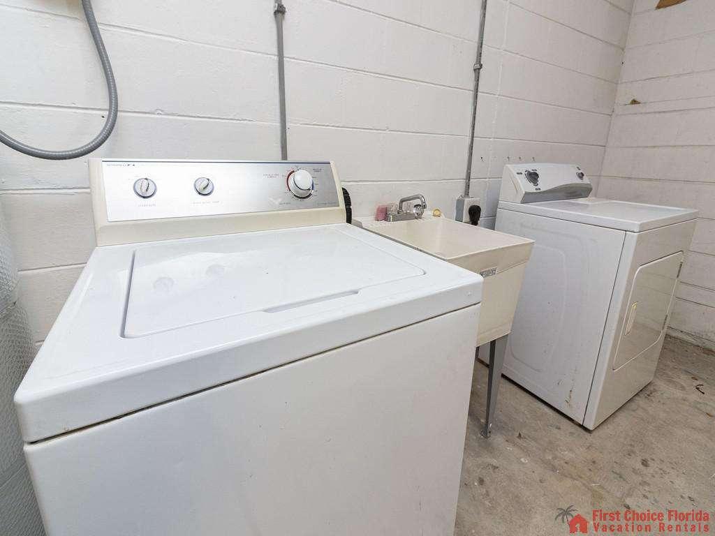 Deja Blue Washer and Dryer