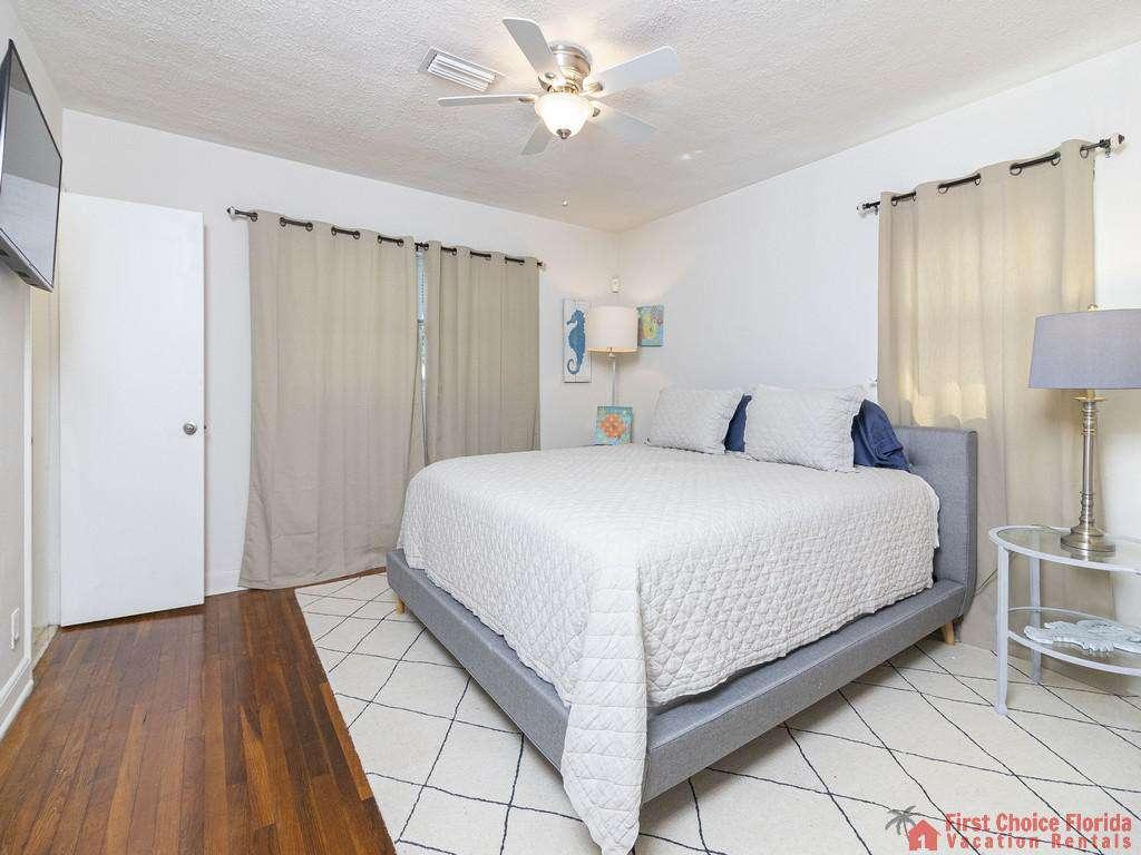 Deja Blue Bed with Window and Door