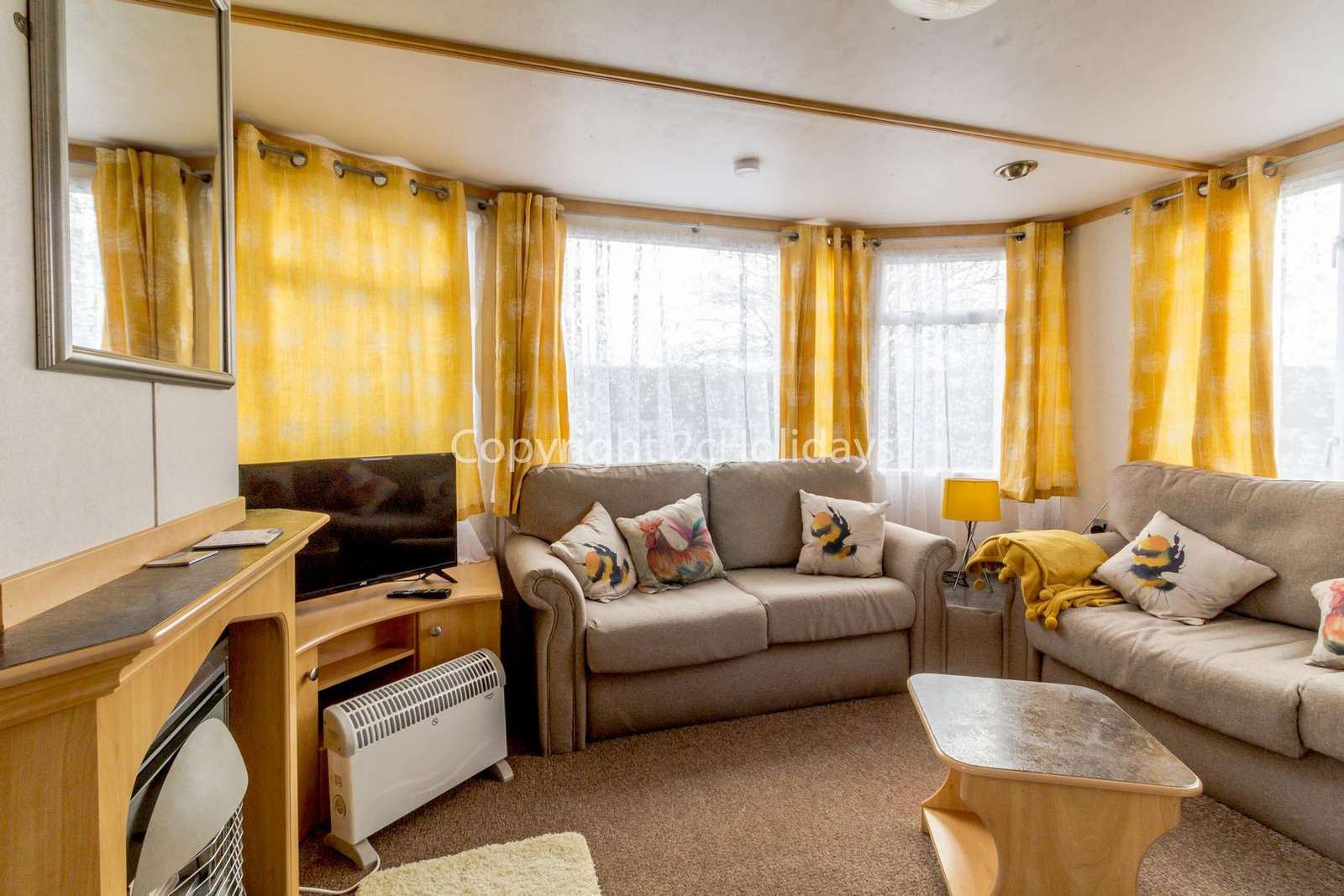 Cosy home with a TV and gas fire!