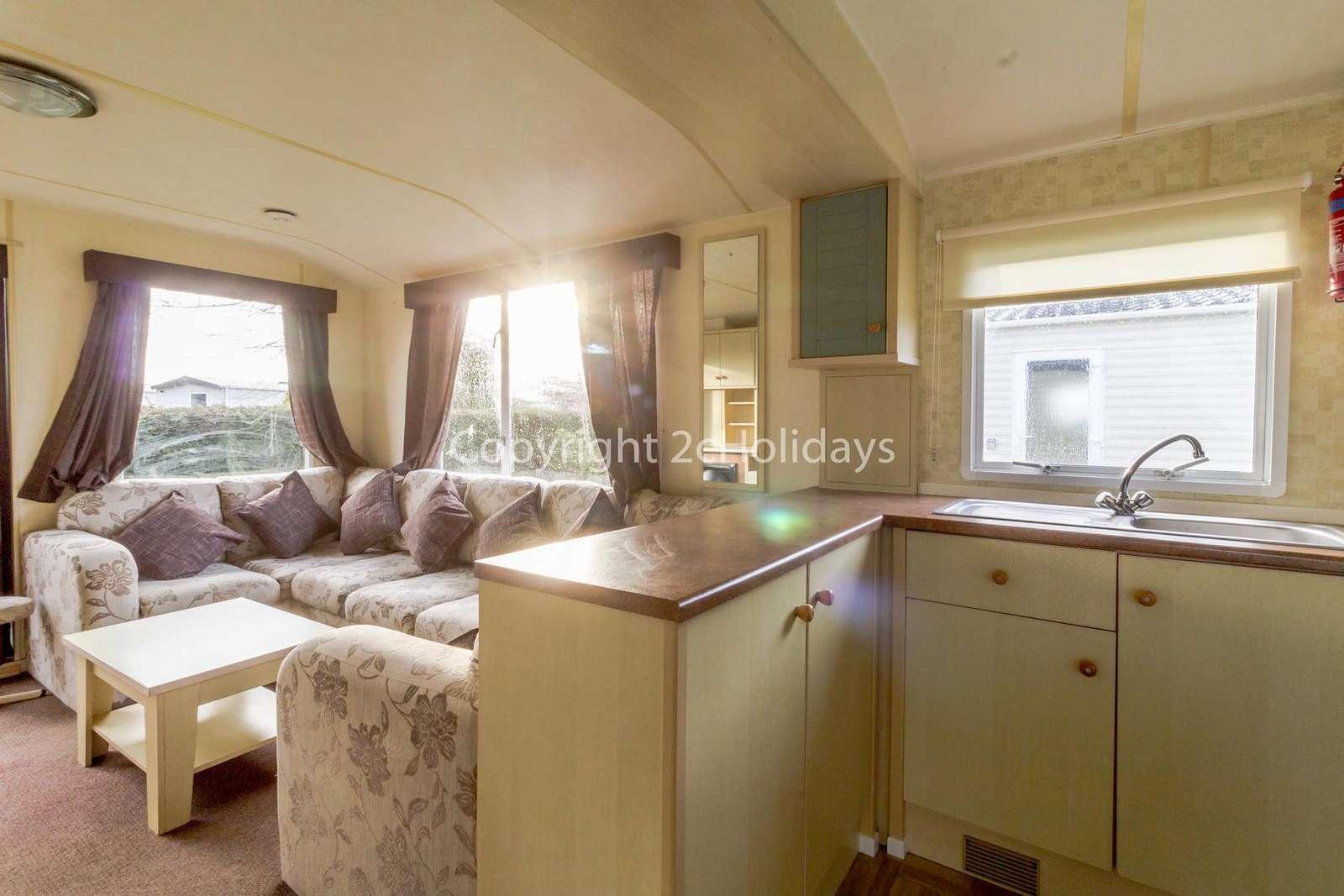 Spacious caravan, ideal for families!