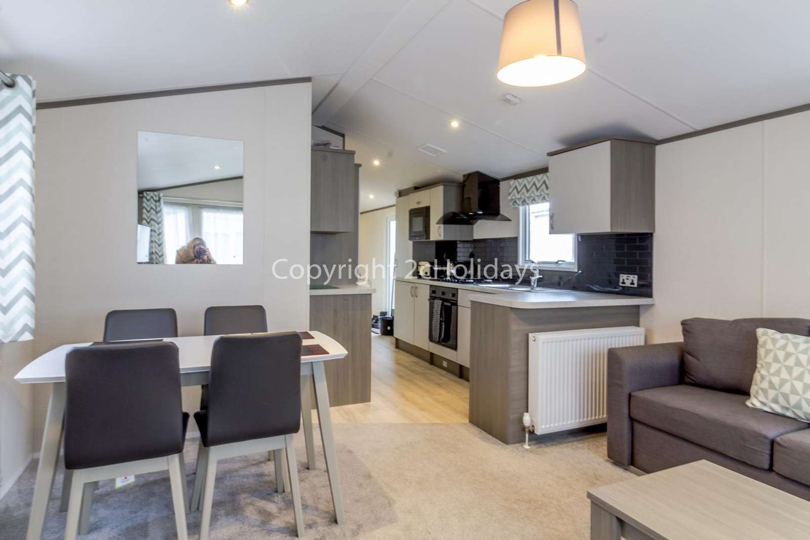 Open plan kitchen, dining area and lounge, great for families