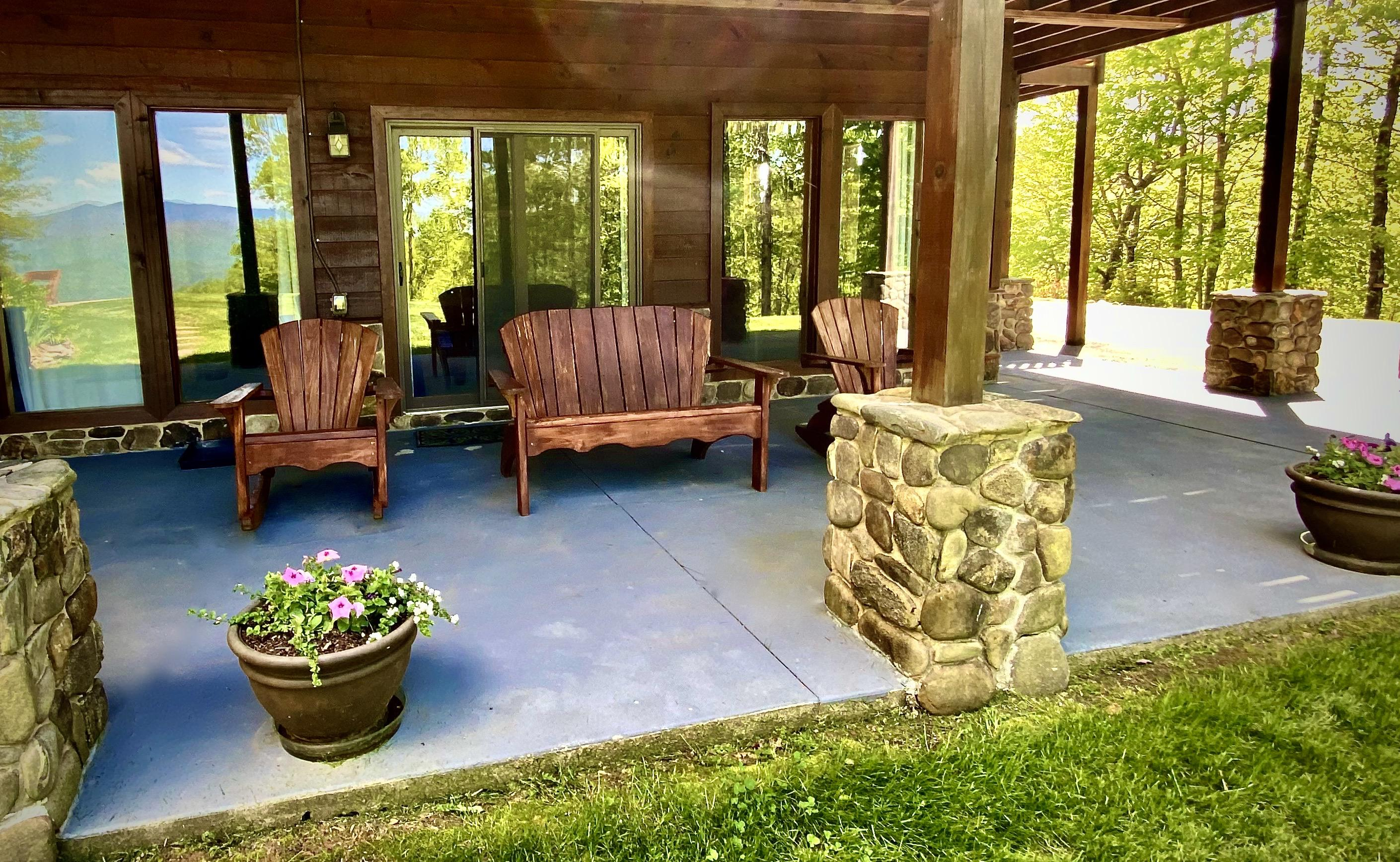 Covered Seating Area off the Master Suite