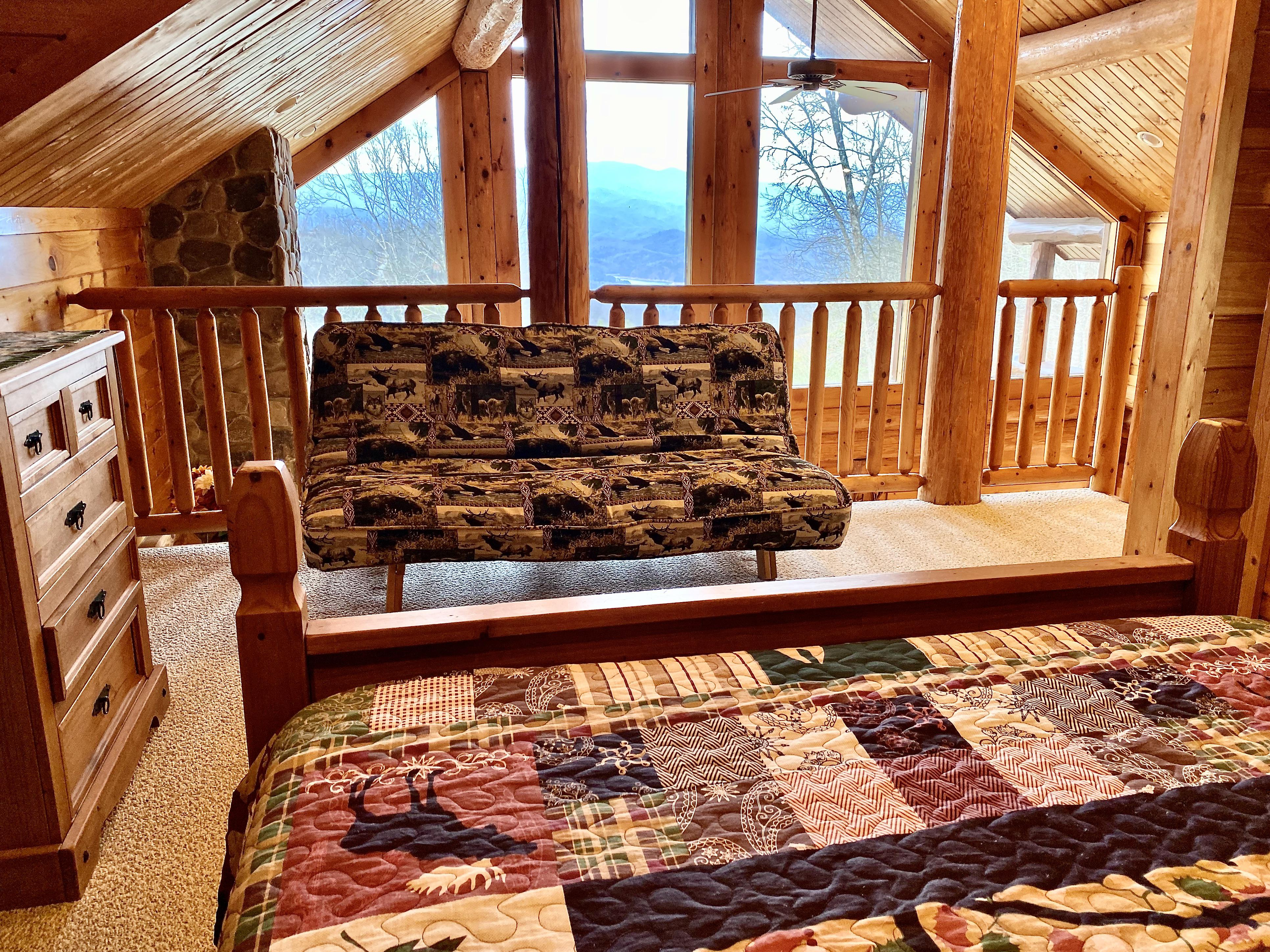 The Loft offers a Futon for additional Guests