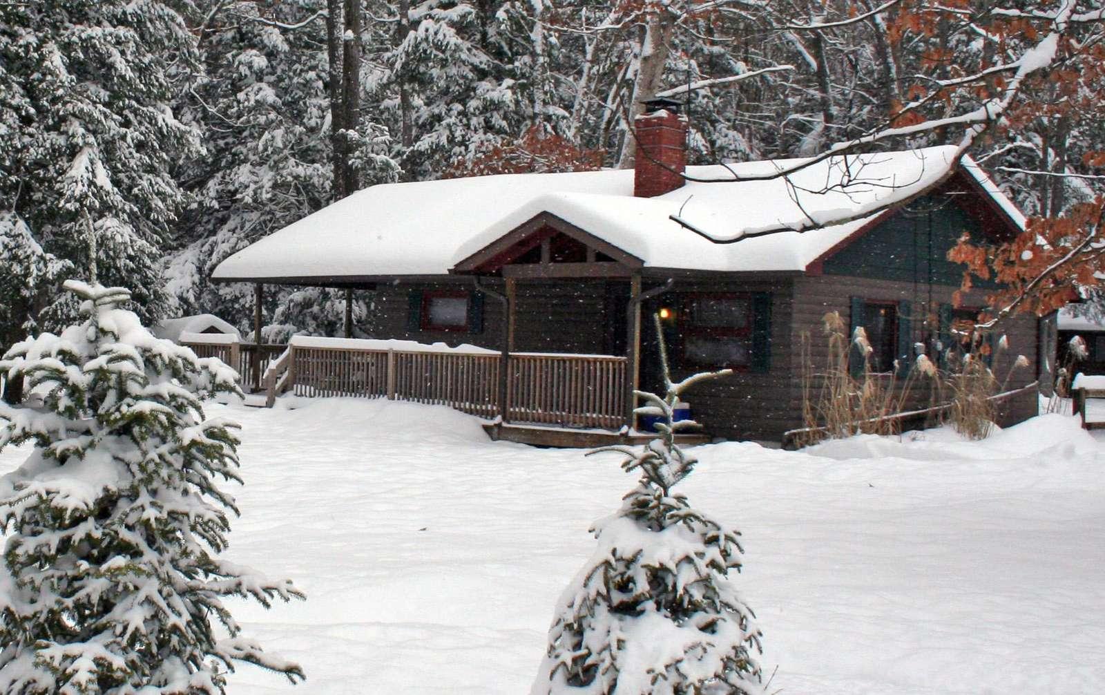 Buckeye Cabin - Snow - 12-30-12