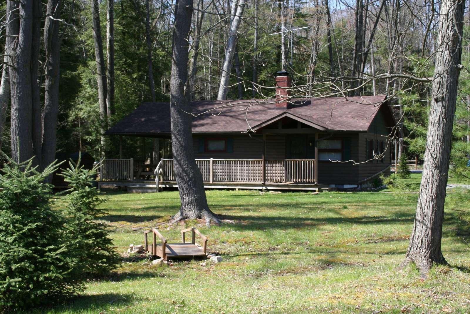 Side View of Buckeye Cabin