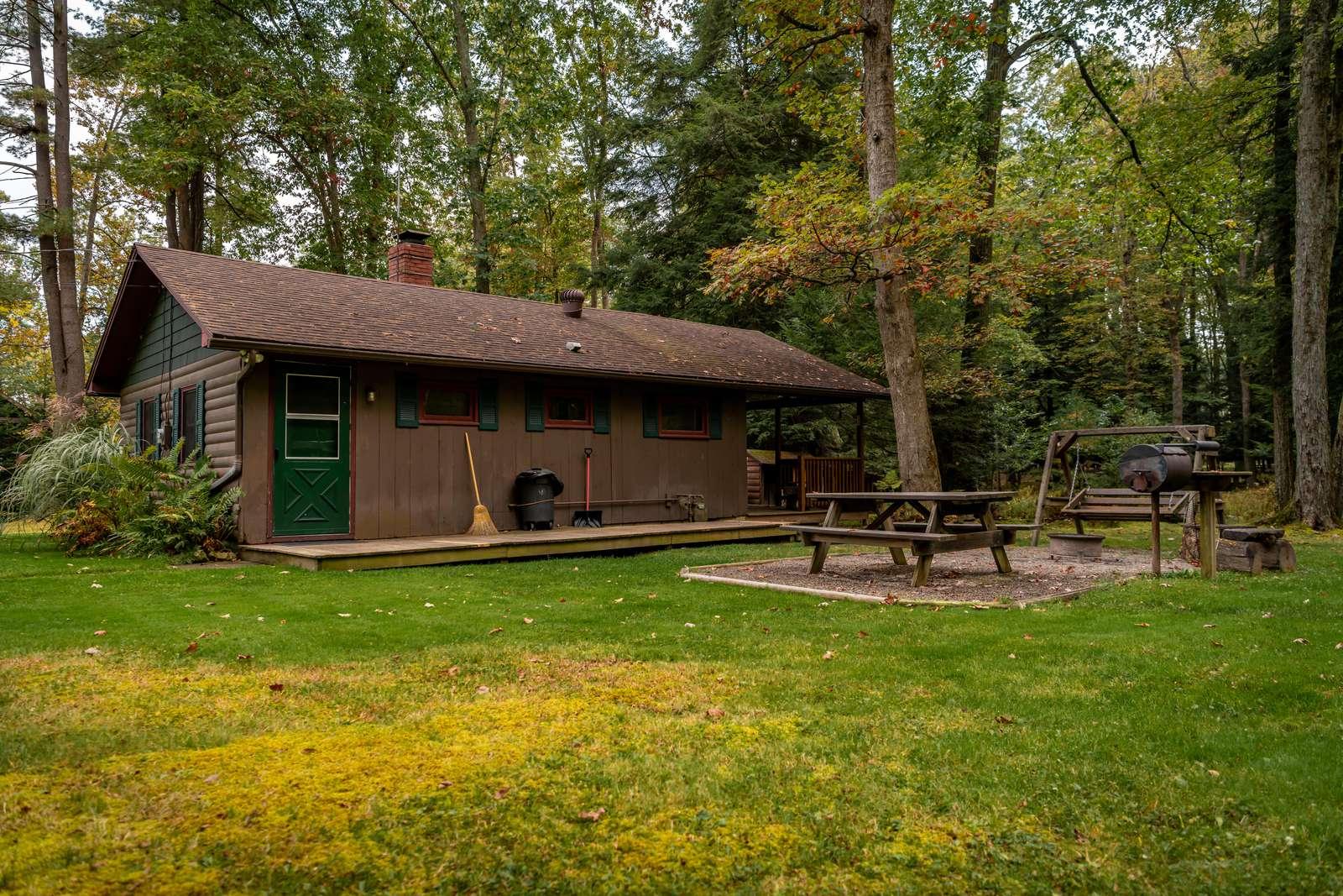 Buckeye Cabin from Picnic Side