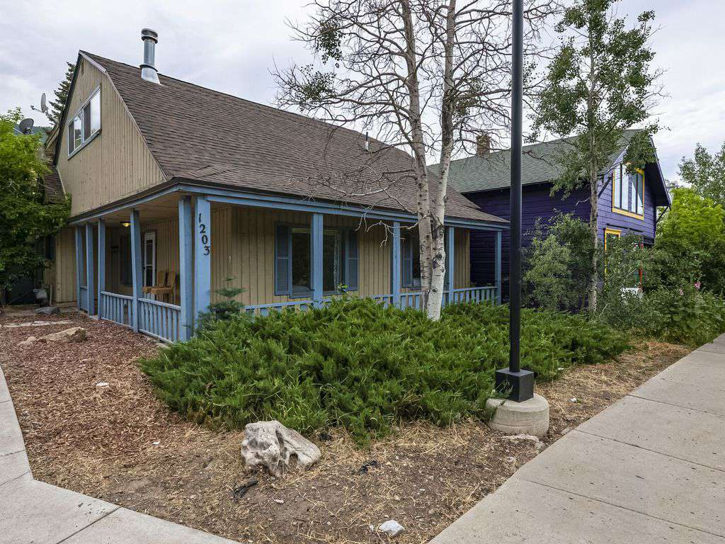 Home sits on prominent corner in Park City
