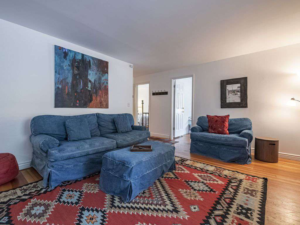 Living space with hardwood floors