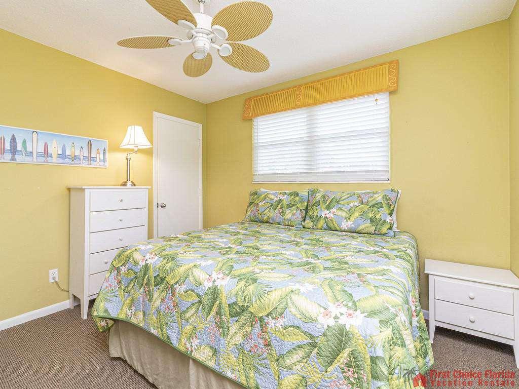 Coastal Cottage A Bed with Fan