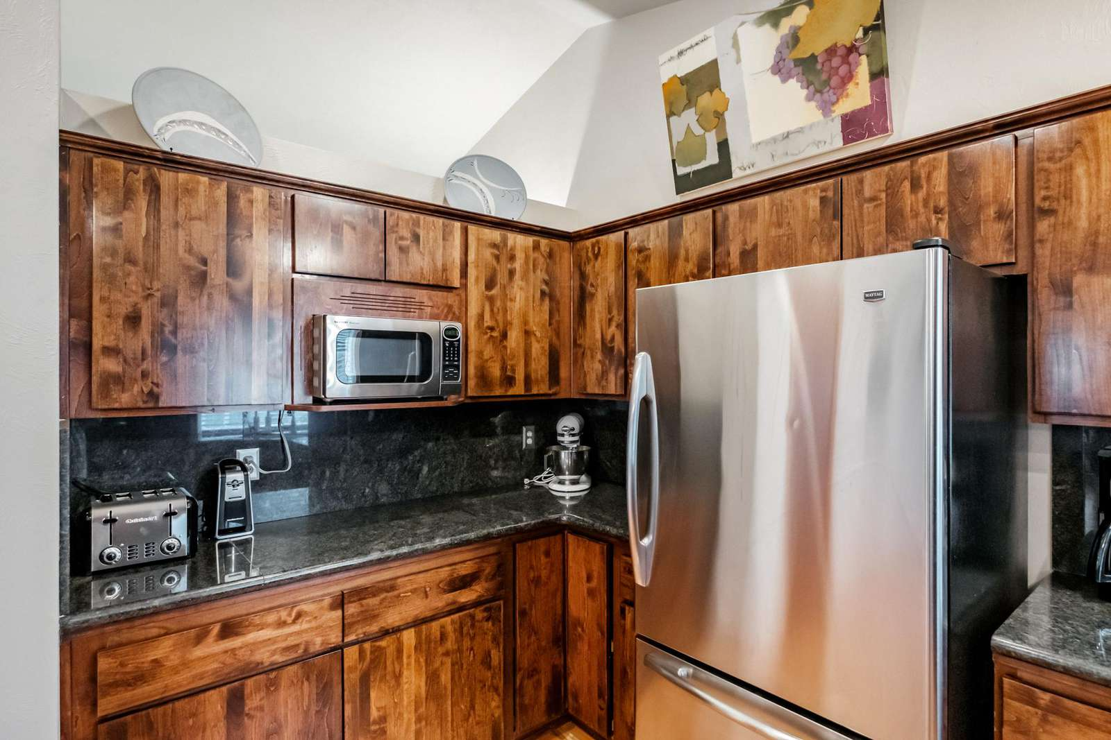New appliances in the kitchen -- Storage galore too!