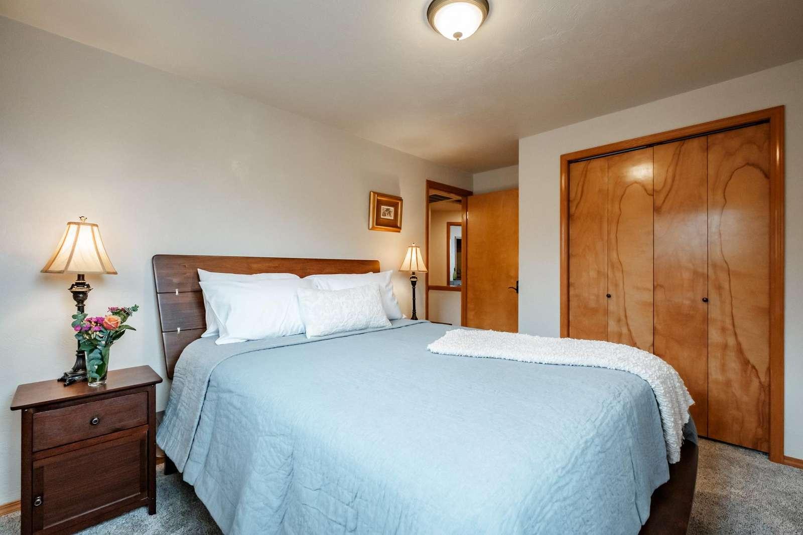 Bedroom 2 - luxury linens