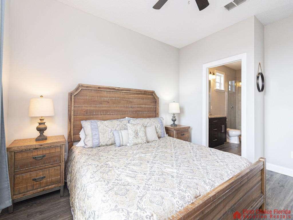 Sea View Third Floor Master King Suite