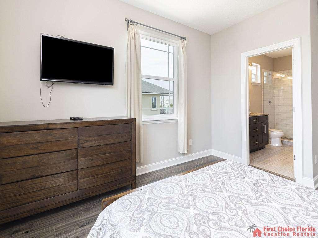 Sea View Second Floor Bedroom - TV