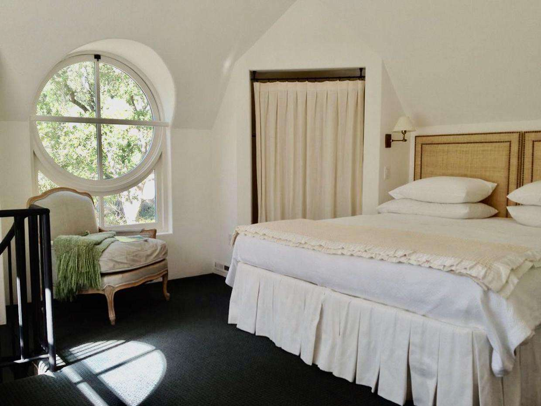 Bedroom 2 (Villa 2)