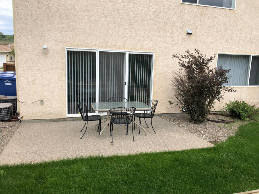 Patio and table that is accessed from the B unit.