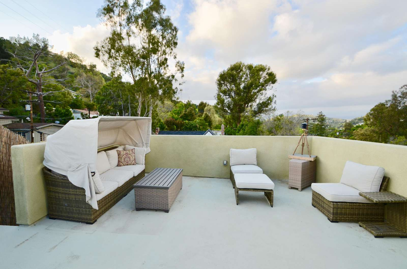 Gorgeous 3 BR House in Hollywood Hills
