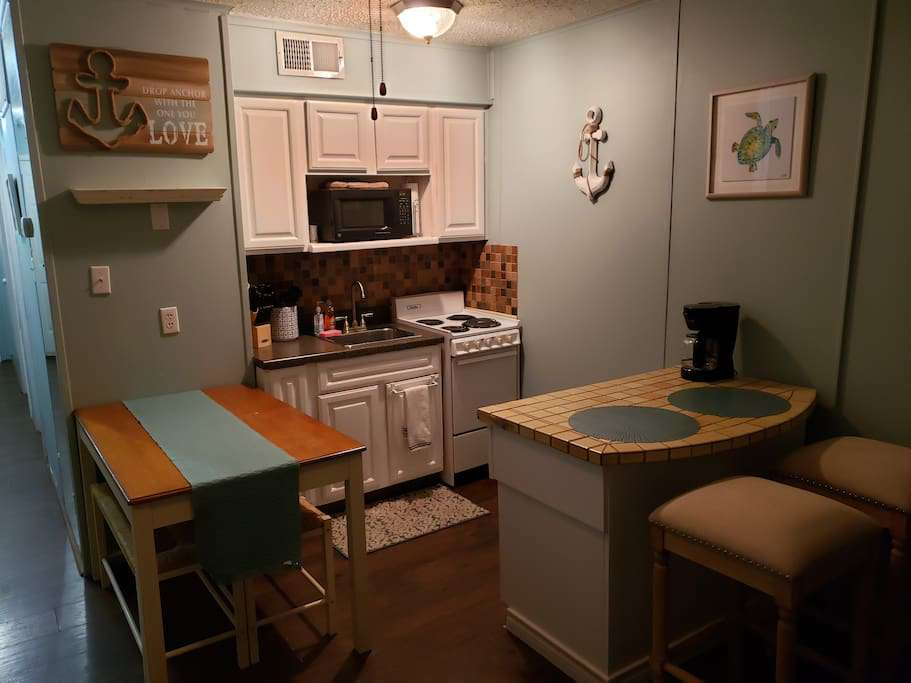 little kitchenette provides everything you need for a home cooked meal.