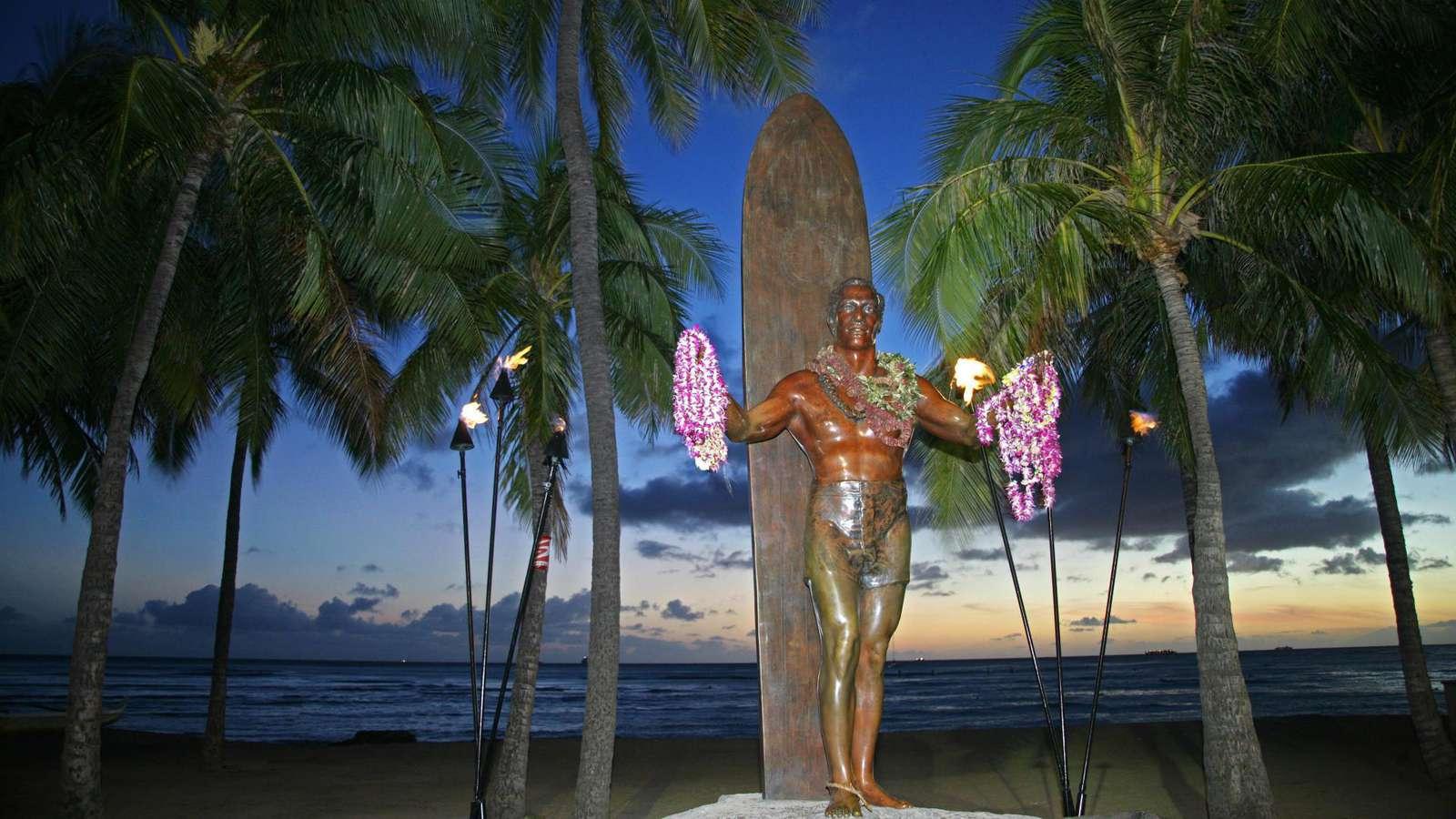 Famous Duke Kahanamoku Statue - just a block away!
