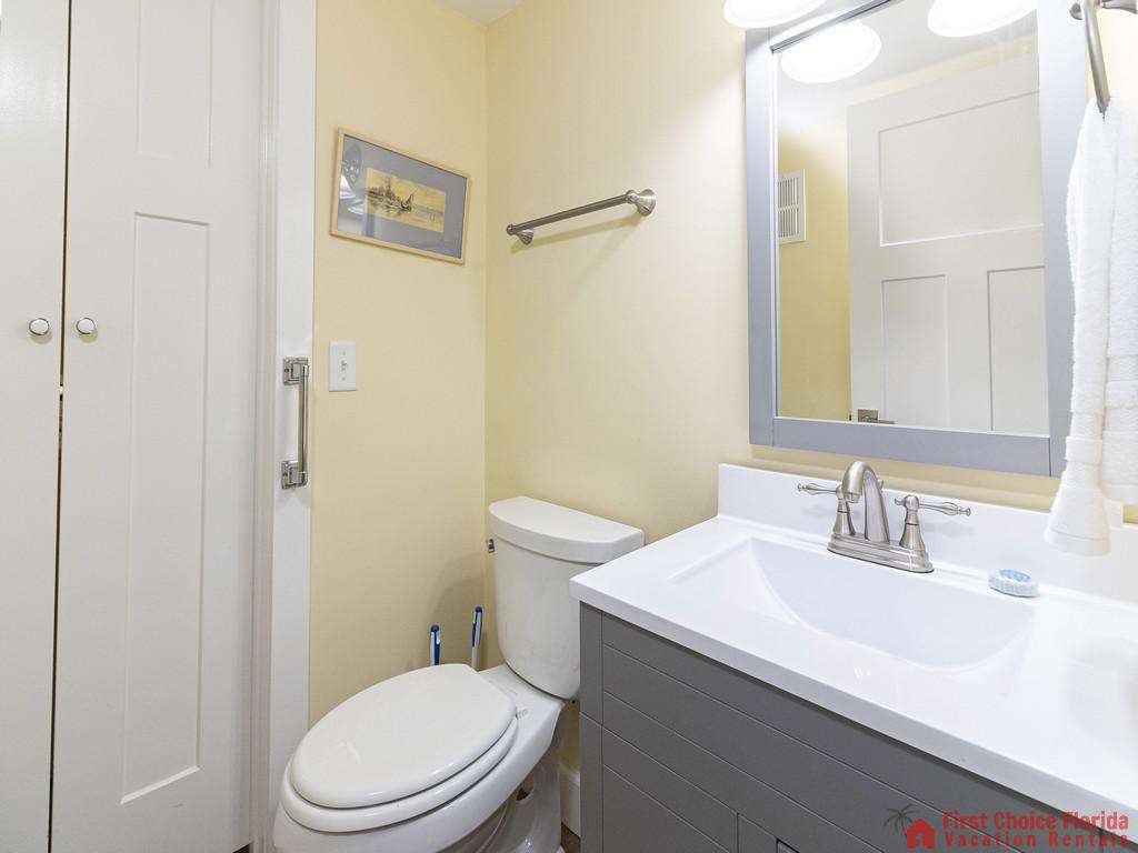 First Floor 1/2 bath