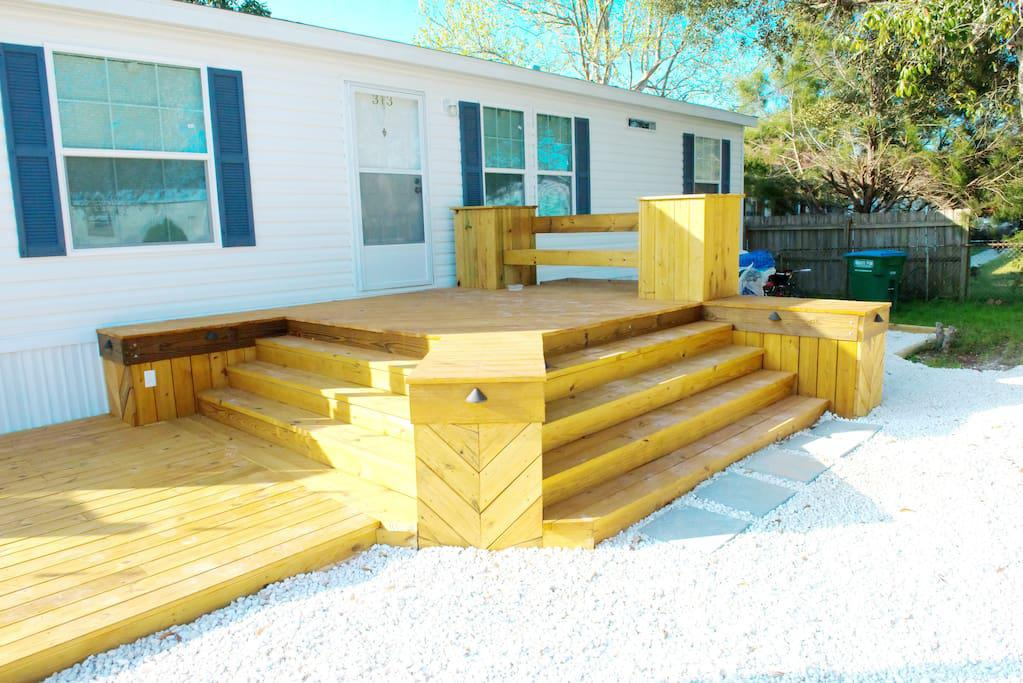 Big Deck with accent lighting and bench