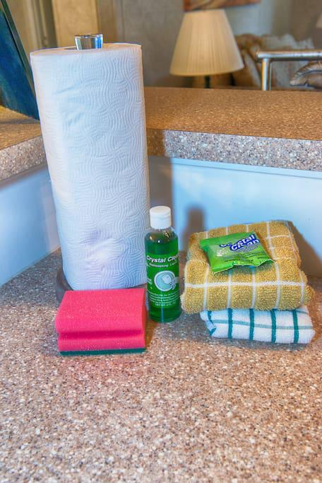 Kitchen Amenities for guests