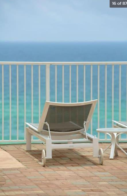 View of Gulf of Mexico from Pool #5 on 10th floor