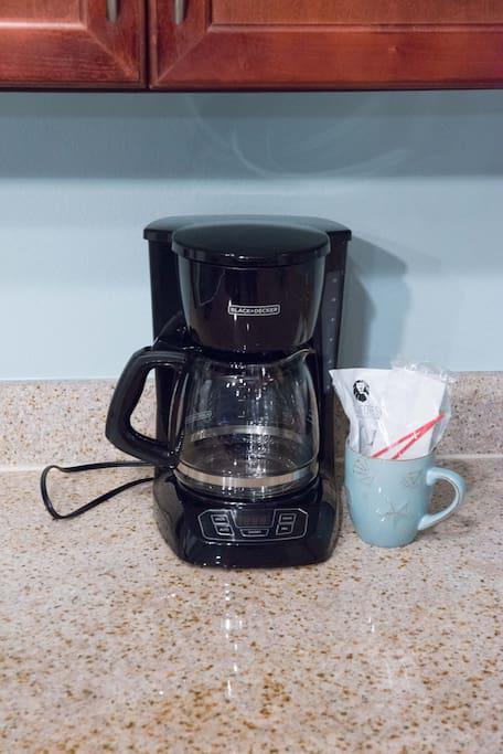 Drip coffee maker with 1st pot of coffee provided
