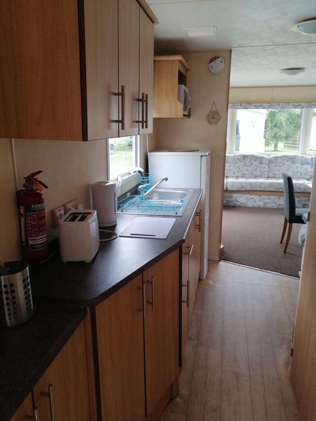 Well equipped kitchen, ideal for self-catering breaks!