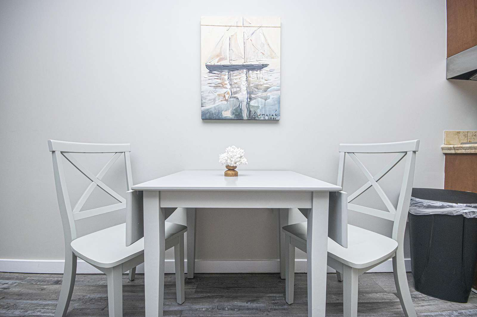 Dining seating for 2!