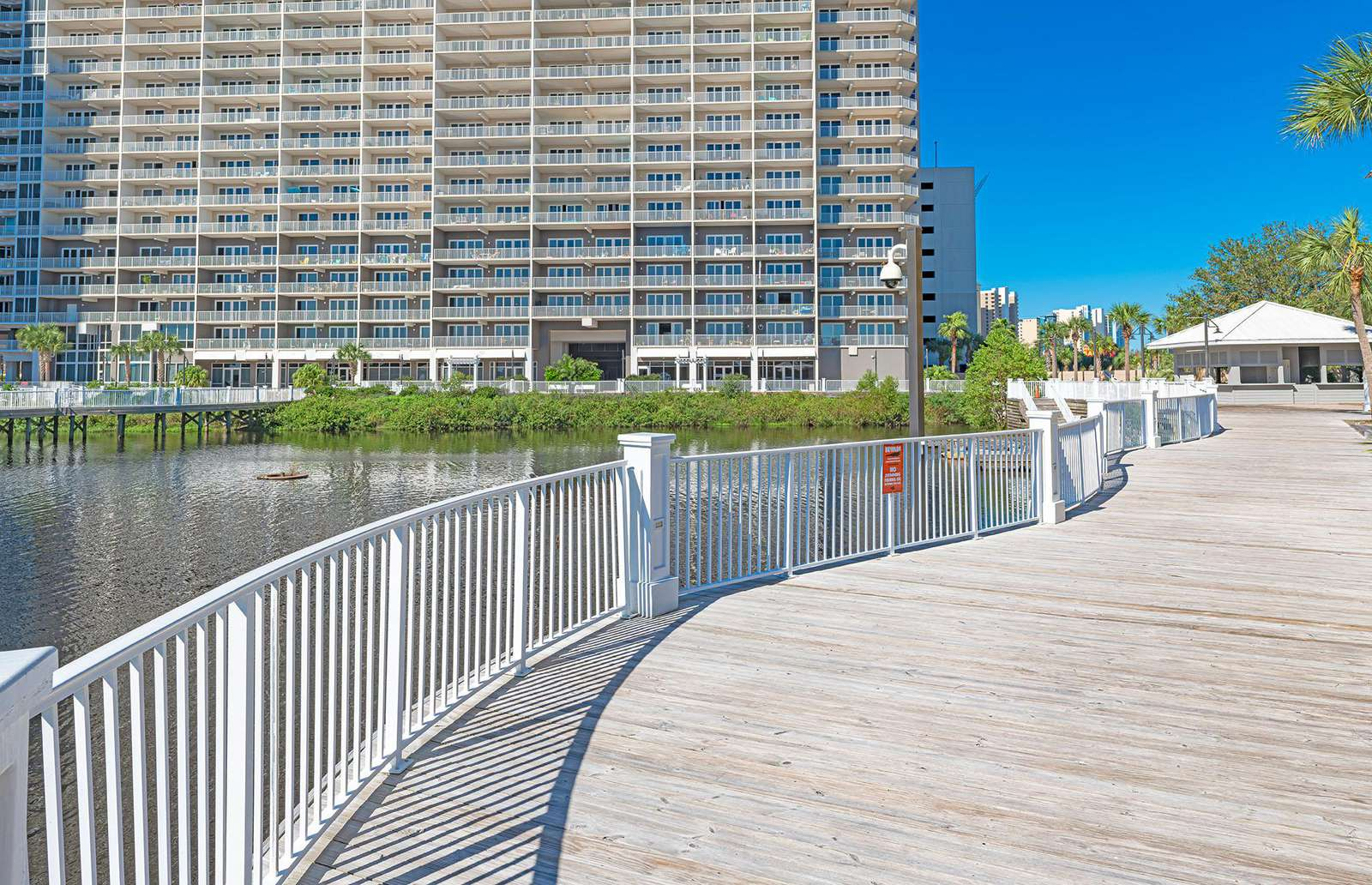 Laketown Wharf truly is an incredible complex!