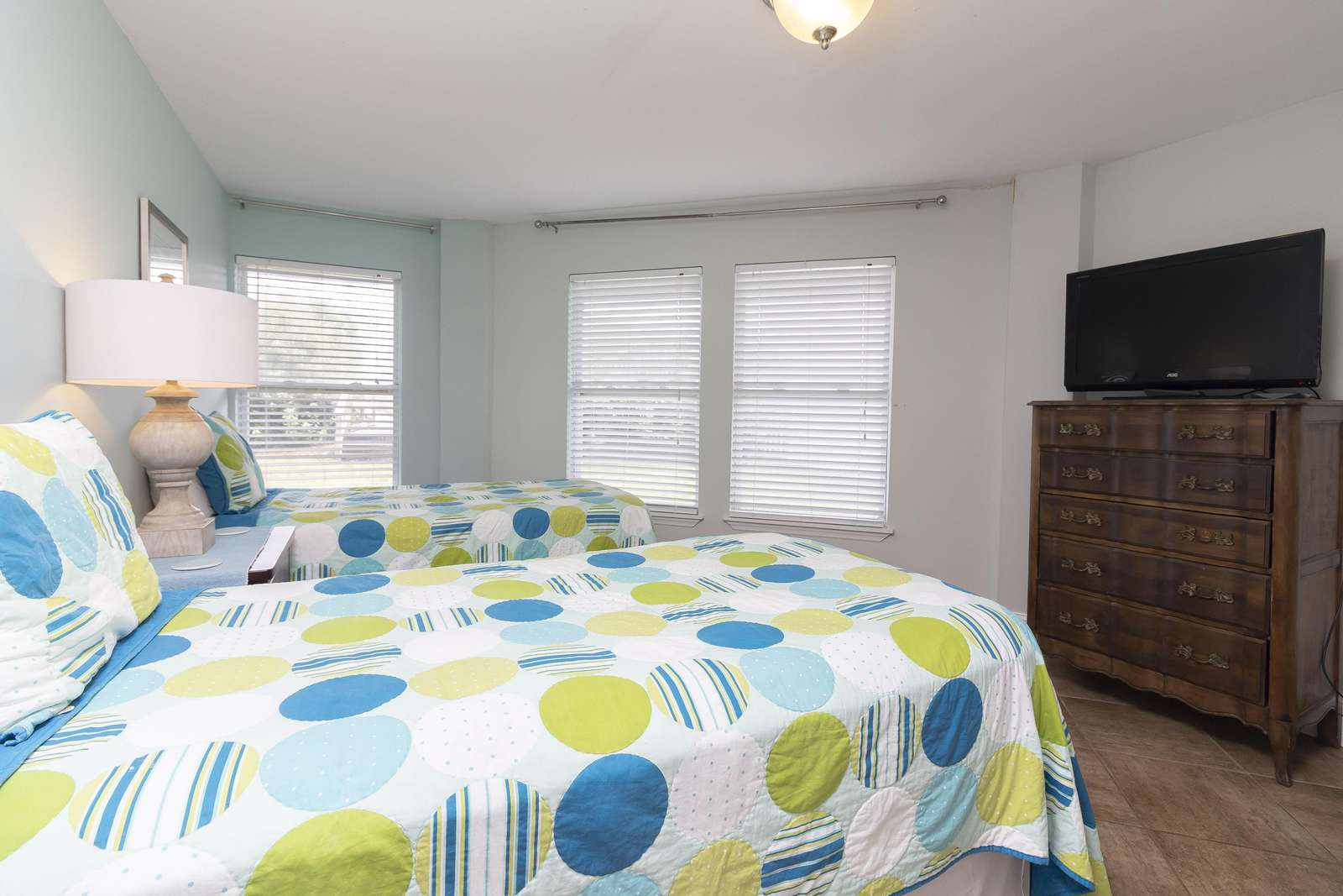Ocean Sunrise - Guest Bedroom 1st Floor