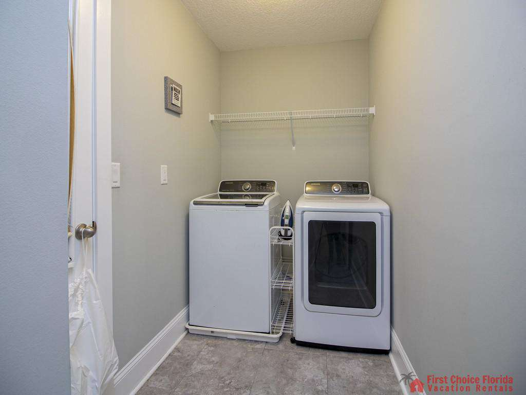Seaside Retreat - Laundry Room