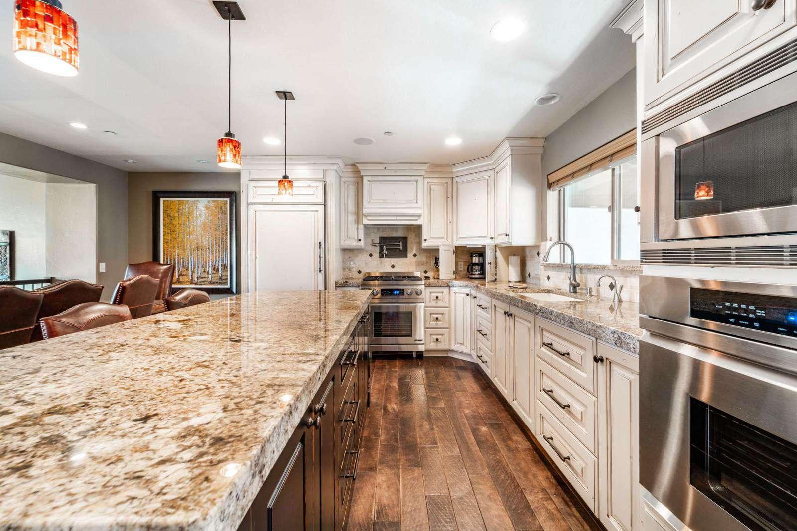 Spacious kitchen with appliances