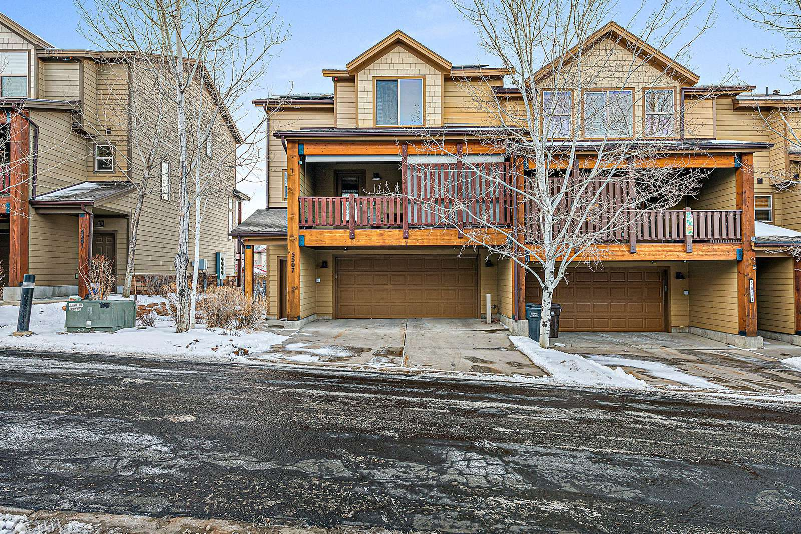 Townhome with private garage