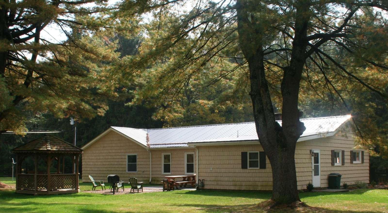Fall - Sunset Maple Cabin - #7