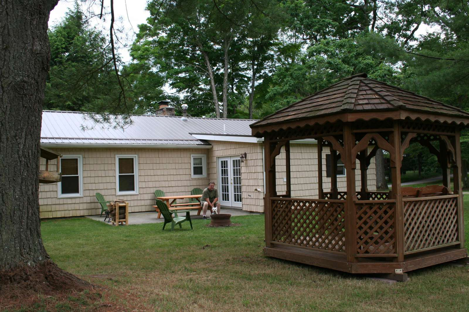 Back of cabin showing picnic area and gazebo