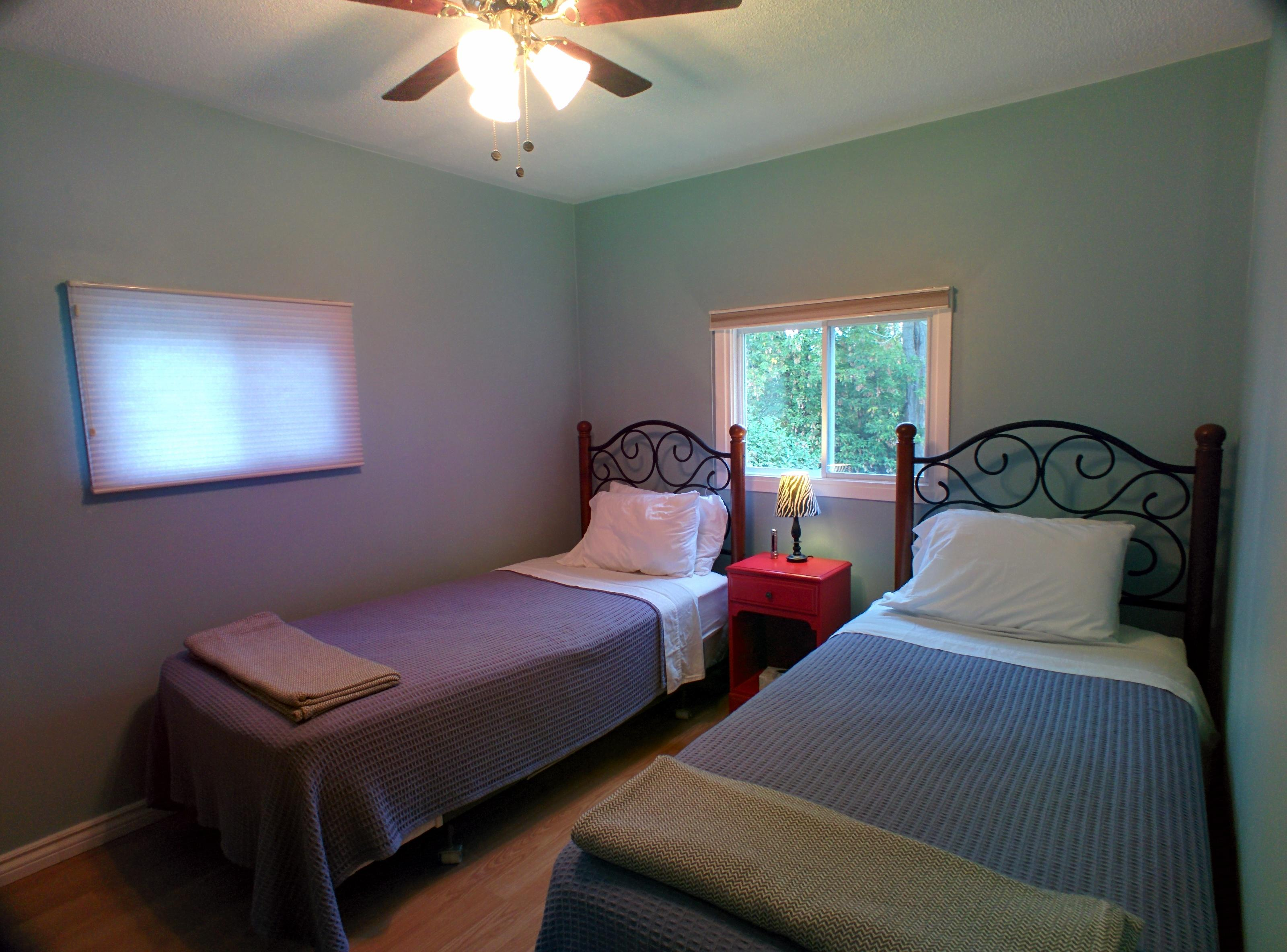 Two Extra long Single Bed Room