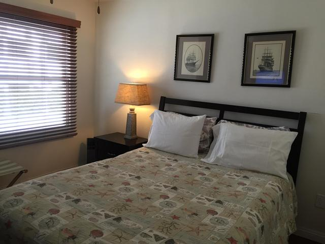bedroom #3 w/queen size bed