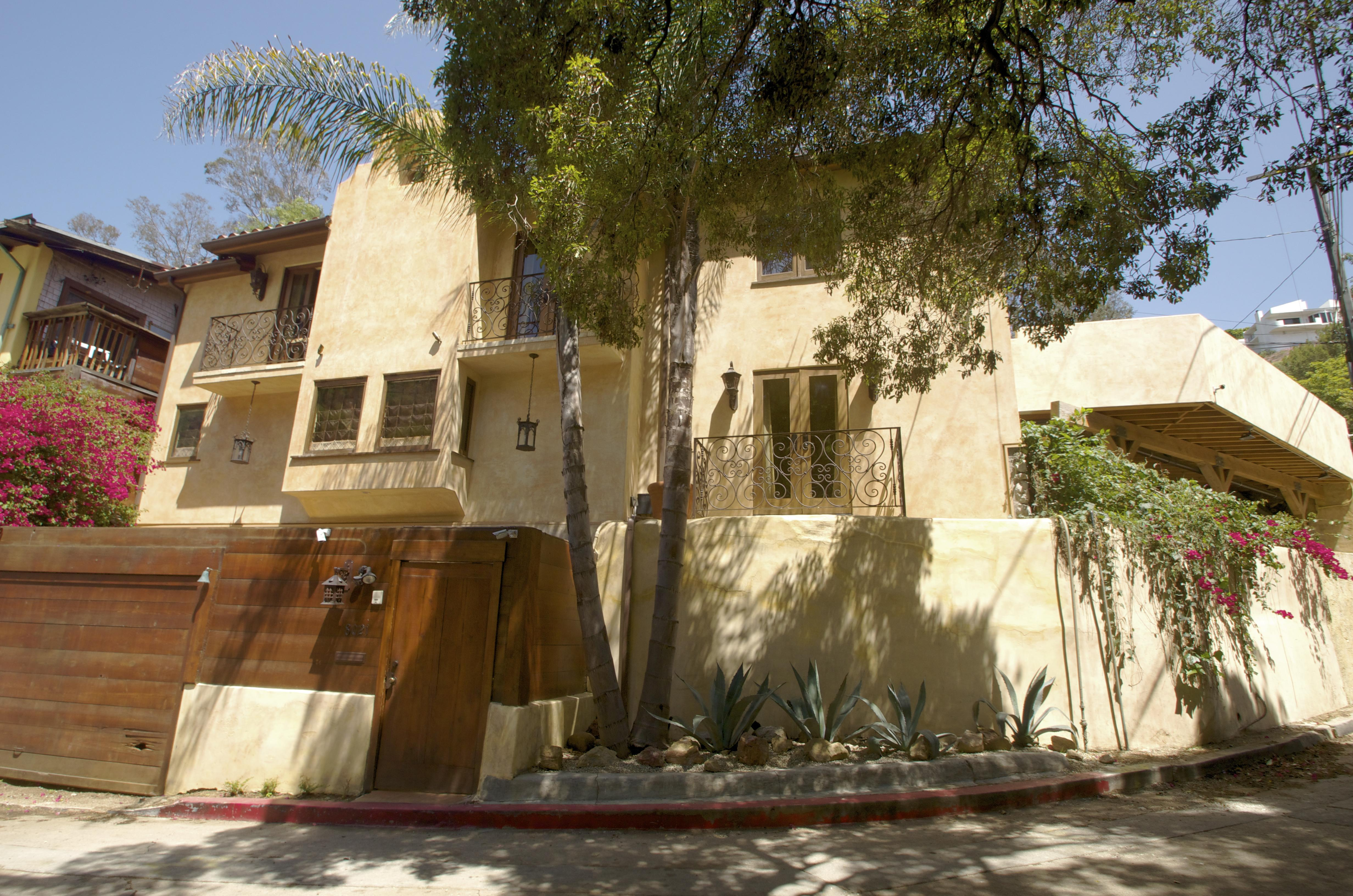 55 jim morrison love street house hollywood laurel canyon for The laurel house