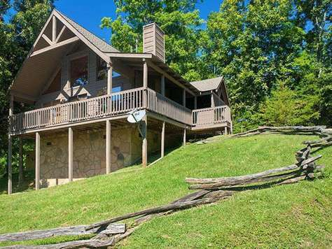 Serenity - Country Pines Resort (2 BR)